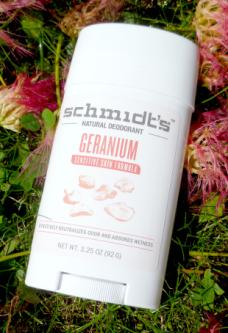 déodorant schmidt's géranium stick